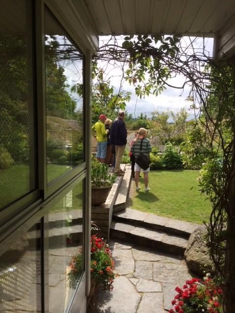 Öppen Trädgård 29 juni genom klostergången